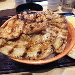 ぶたいち - 特上炭火焼ロース・バラ ミックス豚丼