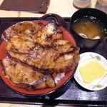 ぶたいち - 北海道帯広 炭火焼ロース・バラ ミックス豚丼レギュラー¥1100