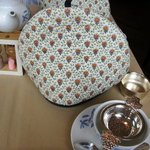 サロン・ド・テ ロザージュ - 紅茶ポットが冷めないように