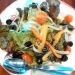 カプリチョーザ - いろいろ野菜の菜園風サラダ