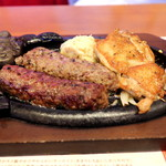 ブロンコビリー - 料理写真:がんこハンバーグ ぱりぱりチキンステーキ コンビ