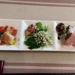 Koharu亭 - ☆1月のkoharuディナーシェフのおまかせコース料理☆  季節の前菜色々盛り合わせ〜(*^◯^*)