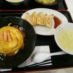 火道 - カニ玉チャーハンと餃子のセット ¥830