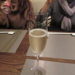 自然派 和食 ダイニング&カフェ SOLA - お祝いだったんで乾杯はグラスシャンパンをお願いしてみました。