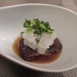 自然派 和食 ダイニング&カフェ SOLA - 次は根菜を使った揚げ出し饅頭、独特の歯ごたえのある食感の楽しめる料理です。