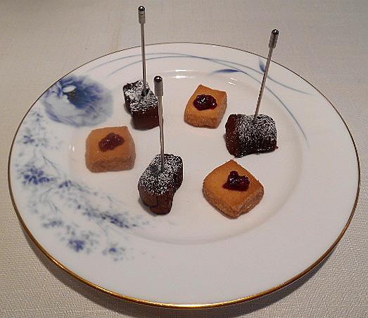 ボン・ヴィラージュ - 小さなお菓子:サブレとチョコガレット