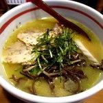 鶏白湯Soba&水炊きのお店 轍 - 料理写真:博多鶏SOBA白(塩味)!