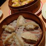46110113 - 杞子焼売皇(香港風えび焼売)、鳳城漁翅餃(ふかひれ餃子)