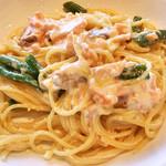 タントタントトラットリア - レディースランチ:スモークサーモントラウトのチーズクリームスパゲティ