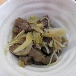 河京ラーメン館 - 今回は馬肉の煮物が。            28.1.2