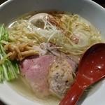 麺屋 翔 - 香彩鶏だし 特製塩らーめん(990円)