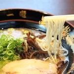 元祖中洲屋台ラーメン一竜  - 麺