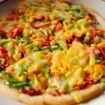 農家カフェ 風の道 - サラミピザ