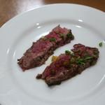 豊後牛ステーキの店 そむり 鉄板焼 - 豊後牛たたき