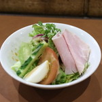 豊後牛ステーキの店 そむり 鉄板焼 - サラダ