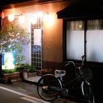 ベトコンラーメン新京 本店 - 店入口