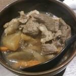 うどん白石 - 牛肉煮込み