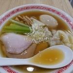 中華そば 熊野 - 【雲呑そば・醤油+半熟煮玉子…850+100円】♫2015/12