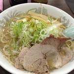 ホープ軒 - ラーメン大盛り750円