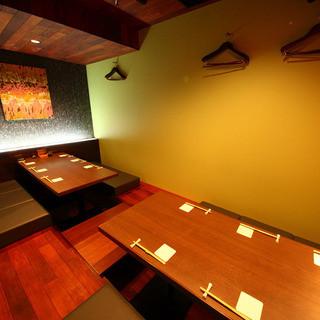 接待・会食などに使える完全個室