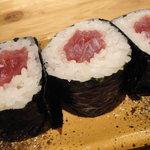 魚河岸料理 うおぎん - 鉄火中巻き