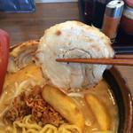 46142506 - H28.1月 北海道味噌の味噌漬け炙りチャーシュー麺♡