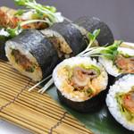 東風 - キムチの焼肉巻き寿司