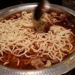鳥小屋 - ちゃんぽん麺投入
