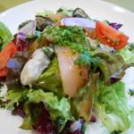 46153861 - 前菜 牡蠣とサーモンのマリネ
