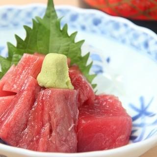 地元素材で仕立てる和食をお届け。上質な「三崎まぐろ」も絶品