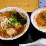 ラーメン一八 - 料理写真:カツ丼(甘だれソース)セット(醤油ラーメン):850円→500円(ラーメンパスポートVol2を利用)