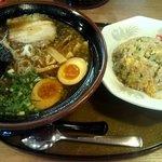 三宝亭 - 和風しょうゆらーめんと半炒飯