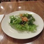 イゾリーナ - 大きなお皿にたっぷり♪