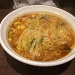 46161904 - 酸辣湯麺