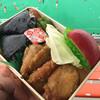 むさし - 料理写真:若鶏むすび弁当をテイクアウト(^_^)