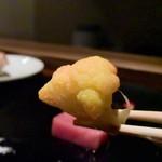 創作料理 宿 - カリフラワーのピクルスは珍しい。食感が楽しかった