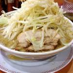 太一商店 - ラーメン(野菜増し)