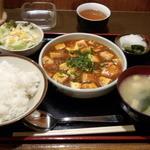 食処酒処いいおか - 麻婆豆腐定食(1080円)