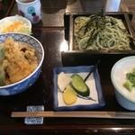 そば酒菜 高砂 - ランチメニューのそばと天丼。       美味し。