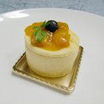 パティスリー・ギオン・タマウサギ - 白いうさぎチーズ