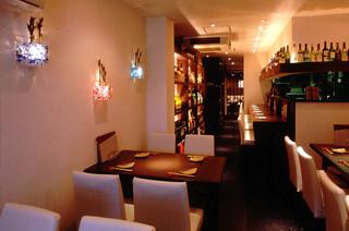 菜厨瑠 - カウンター席は、とっておきのお席です!! ちょっとしたわがままもシェフに声掛けると聞いてくれます