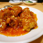 福満園 本店 - 鶏肉の香り辛子ソース炒め(魚香鶏塊)¥1,500