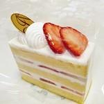 アブルーム  - 苺ショートケーキ 450円外税 (^^