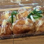 うし若丸 - 料理写真:牛たこやき6個550円