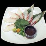魚民 - 真鯛の薄造り