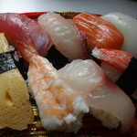 泊いゆまち - 寿司アップ