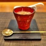 はすのみ - <2016年1月>美しい器には中華ベースの茶碗蒸しにカニとウニを仕込んで。美味☆