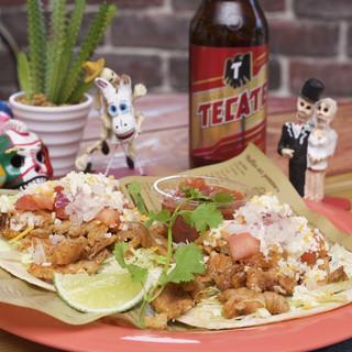 メキシカンな肉が美味い絶品のタコス