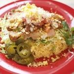 タコロコ - 沖縄のタコライス、美味しいお肉を山盛りで入れました。
