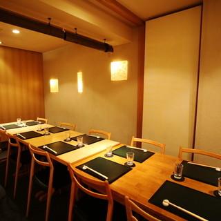 接待や会食にも最適な完全個室